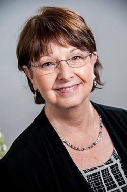 Mary Robbins Headshot