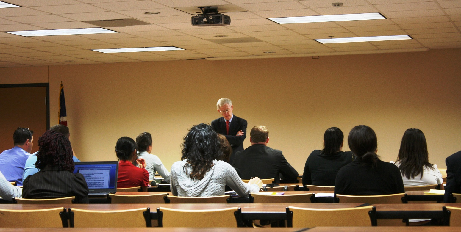 Law Professor Michael Wheeler (STCL) Teaches LEAP Center Students