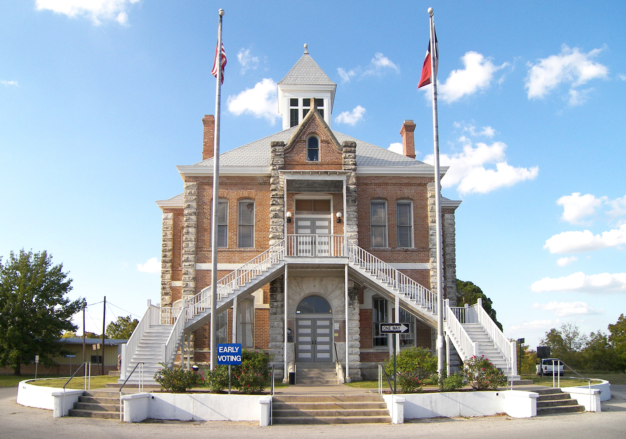 Grimes_county_courthouse