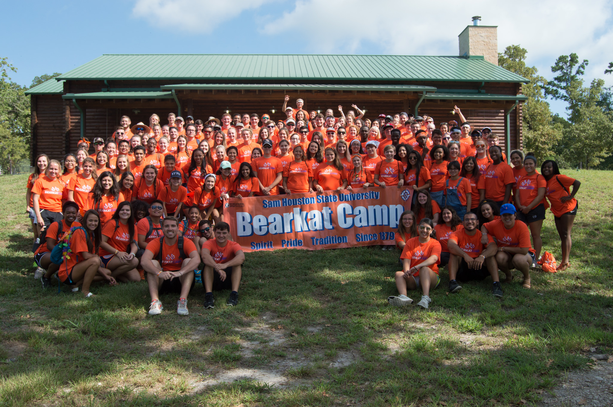 Large group of students at Bearkat Camp.