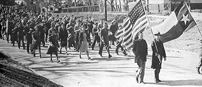 A photo from 1942 from when Bearkat predecessors made the March to the Grave.