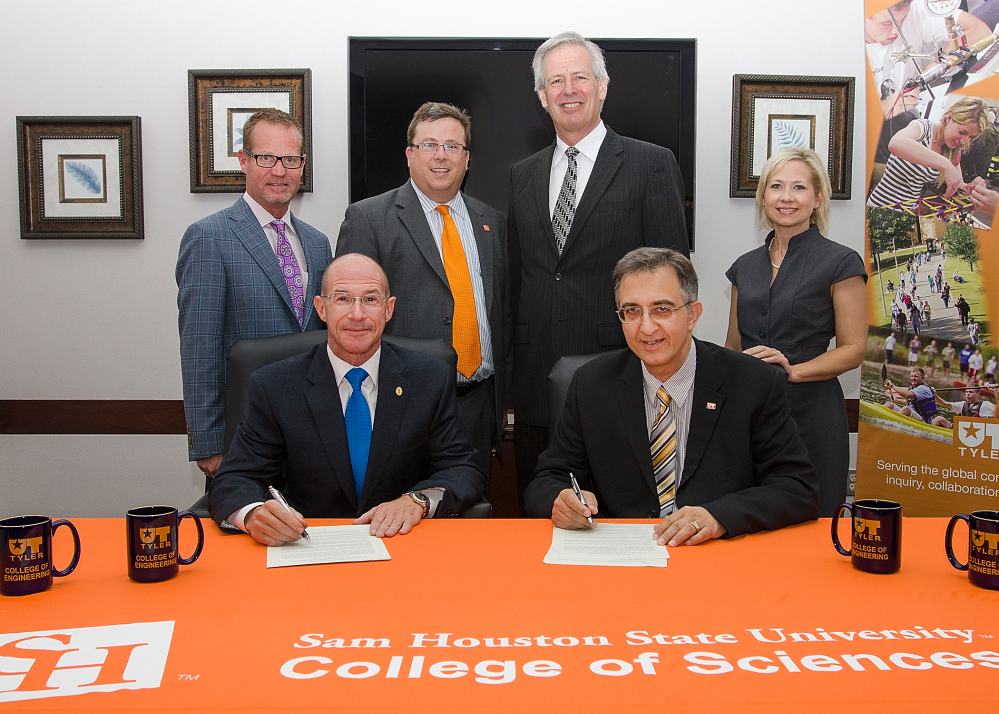 UT Tyler agreement signing