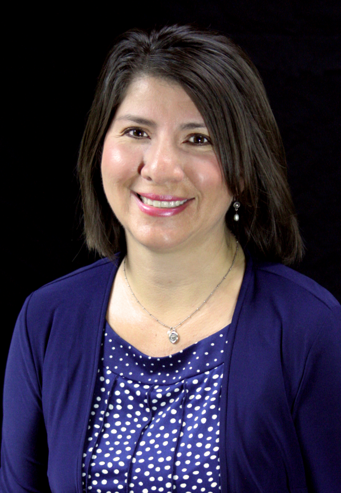 Image of Cenaiyda Carranza, Career Counselor