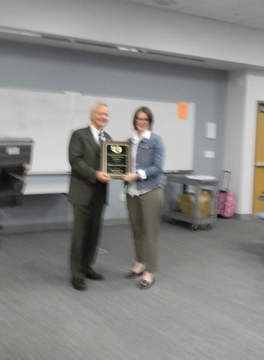 Dr. Rhonda Callaway received the College's award for teaching excellence among administrators.